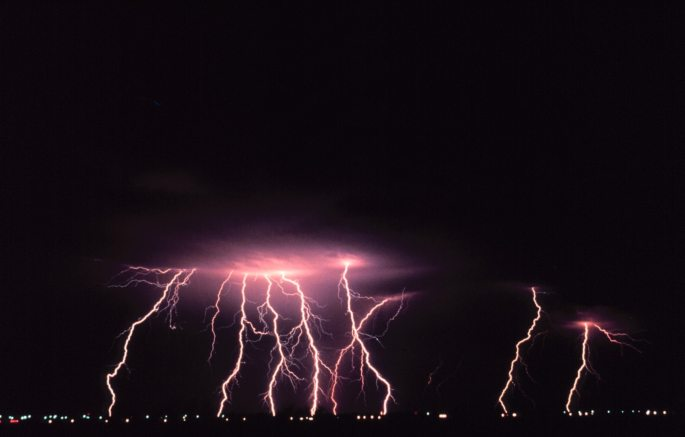 dark-evening-lightning-66867.jpg